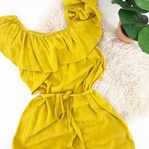 NWT Forever21 Plus Size Yellow Short Belted Romper